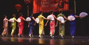 qipao fan dance